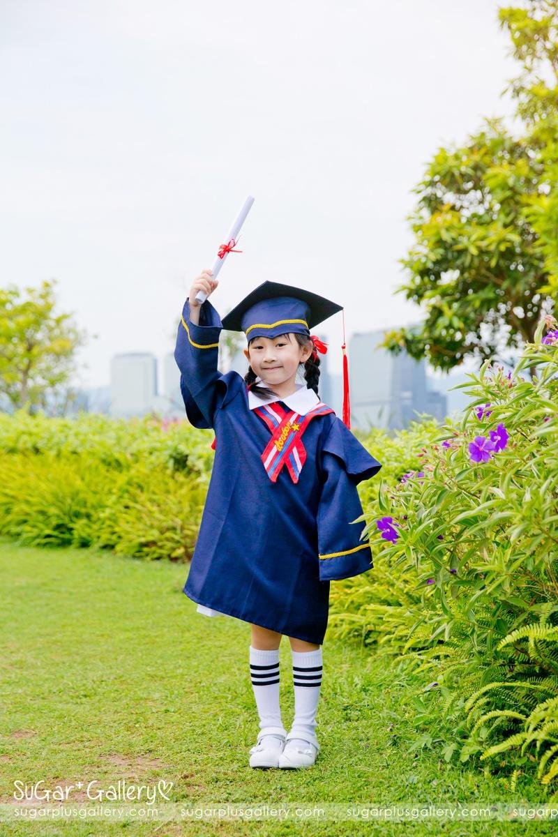 幼稚園畢業影相